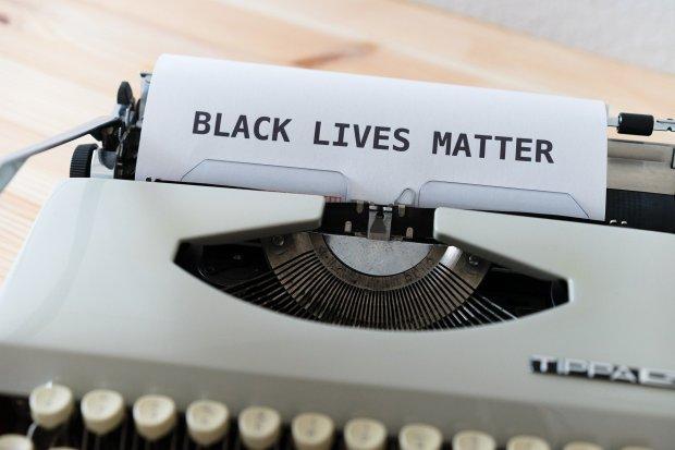 racismo-redes-sociais
